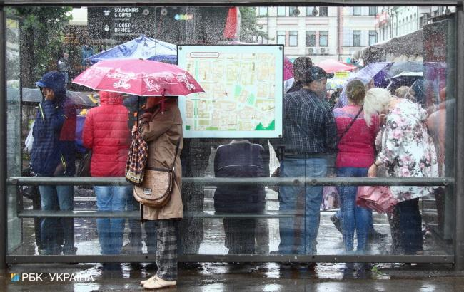 Фото: в Україні очікуються дощі і грози (РБК-Україна)