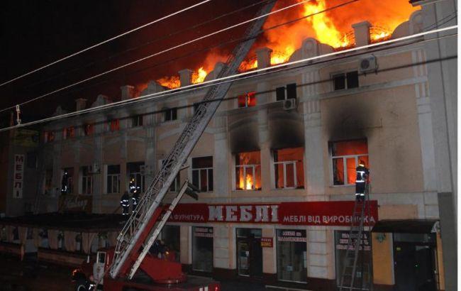 Фото: наслідки пожежі швейної майстерні у Хмельницькому (прес-центр ДСНС)
