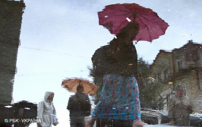 Погода на сьогодні: в Україні дощі, температура до +35