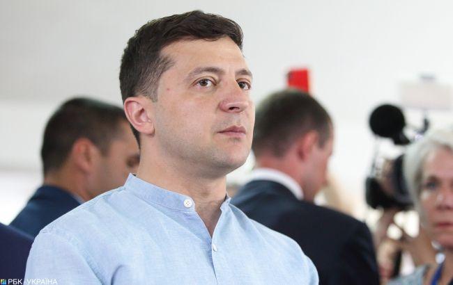 Гонорар від хабара: як у Зеленського планують заохочувати викривачів корупції