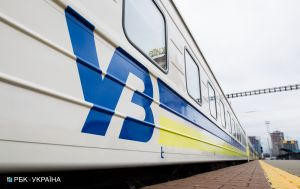 """""""Укрзализныця"""" назначила три дополнительных поезда из столицы"""