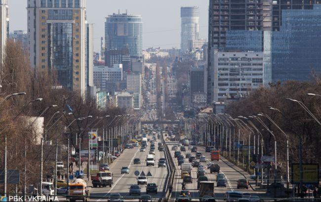 В Киеве задерживается движение трамваев и троллейбусов из-за ДТП