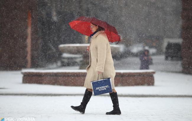 В Киеве завтра ожидается мокрый снег и гололедица на дорогах