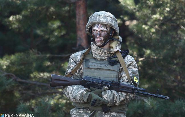 Боевики на Донбассе дважды стреляли по позициям ООС