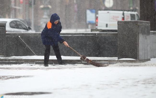 Синоптики попереджають про туман та мокрий сніг з дощем в Україні