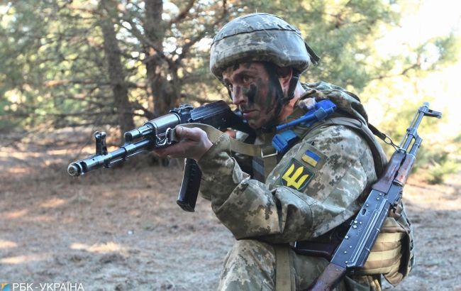 Боевики снова стреляли на Донбассе, погиб военный