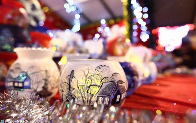 У Донецькій області діти створили незвичайну новорічну ялинку (фото)