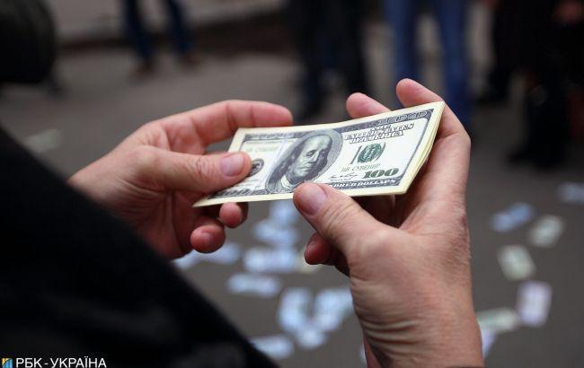 Експерти прогнозують падіння курсу долара наступного тижня