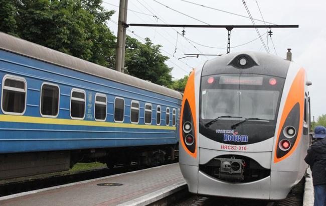 Фото: поезд (uz.gov.ua)