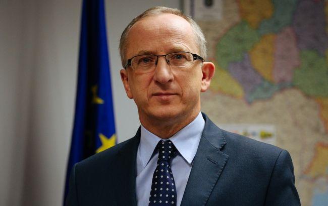 Фото: глава представительства ЕС в Украине Ян Томбинский
