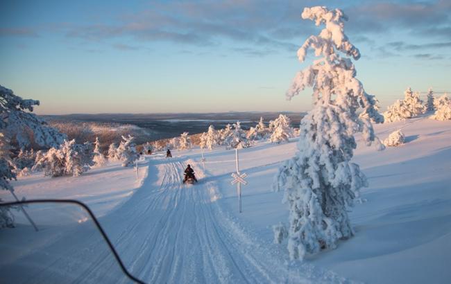 Рассвет без солнца и лампа от депрессии: Неожиданные факты о Лапландии от украинского путешественника