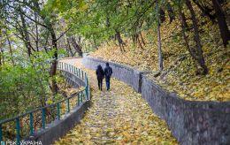 Почти всю Украину накроют дожди, ночью местами похолодает до +3: прогноз на среду