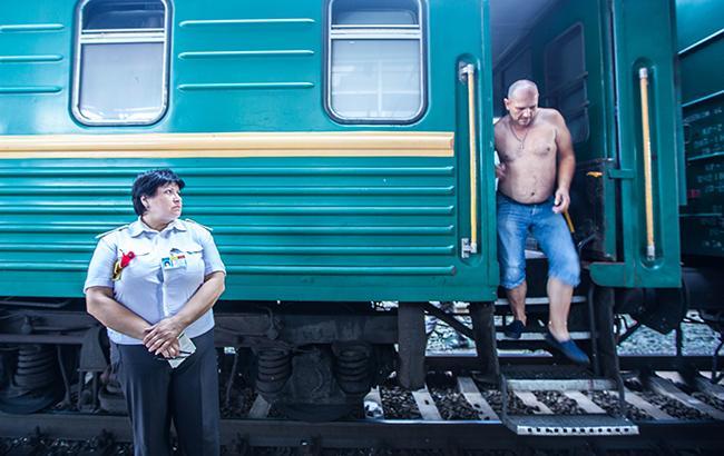 """""""Укрзализниця"""" має намір занятися оновленням та ремонтом пасажирських вагонів (фото РБК-Україна)"""