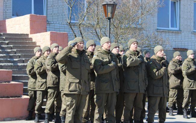 Фото: военнослужащие НГУ