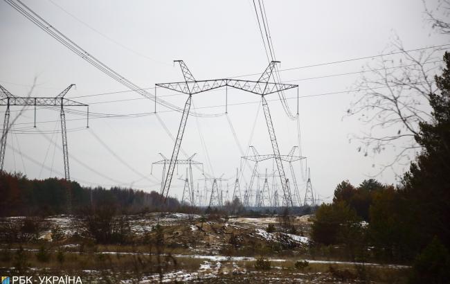 Регулятор підвищив оптову ціну електроенергії і зберіг тариф для населення