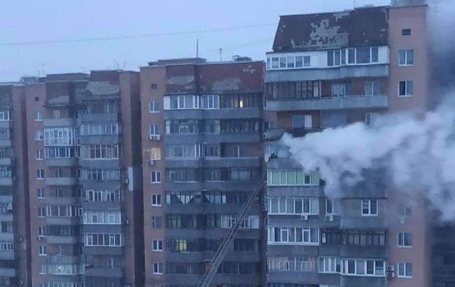 В Харькове горела многоэтажка. Есть погибший, еще 13 человек спасли