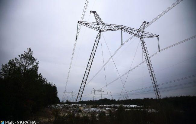 У Донецькій області реконструюють 114 км ліній електропередачі до кінця року