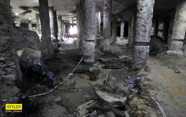 Михайло Сагайдак: Консервація артефактів безпосередньо на Поштовій площі неможлива