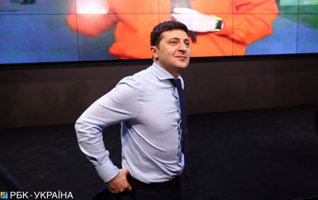 Уйти в отрыв: как Владимир Зеленский готовится ко второму туру президентских выборов