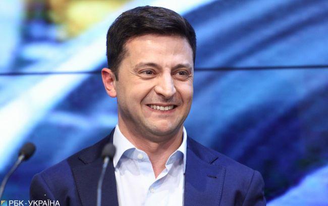 Зеленський просить Парубія скликати 22 травня позачергове засідання Ради