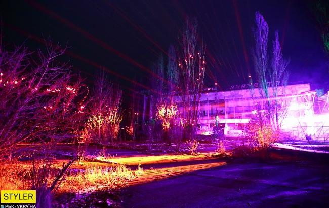 Прип'ять засяяла вогнями: в Зоні відчуження активували ARTEFACT