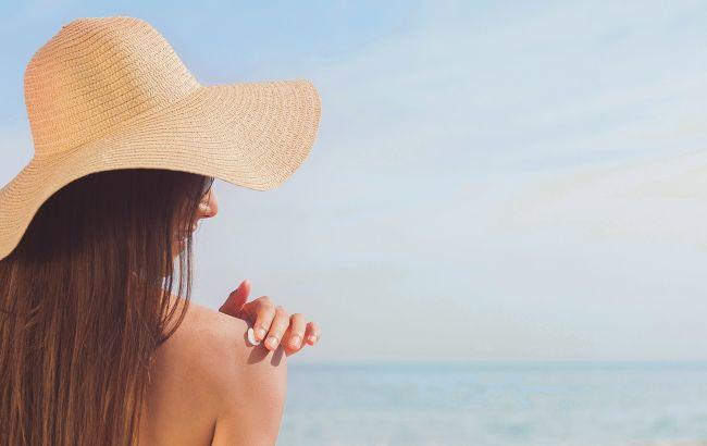 Долгое пребывание на солнце грозит серьезными проблемами: ожоги, лишай и даже рак