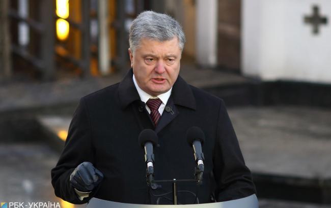 Порошенко порівняв дії російських окупантів у Криму зі сталінськими репресіями