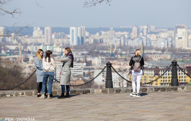 Як на початку травня: температура в Києві 1 квітня піднялася до рекордних показників