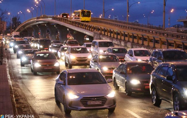 Киев вечером остановился в пробках