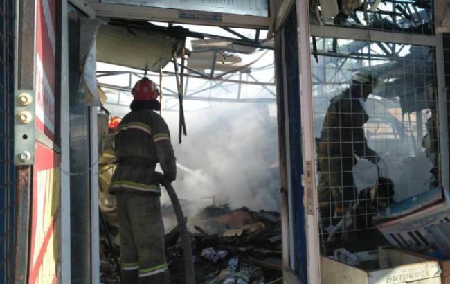 В Славянске произошел пожар на Центральном рынке