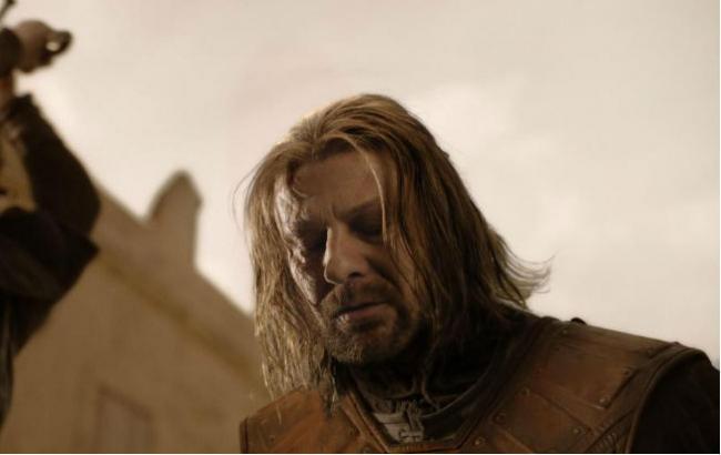 """Звезда """"Игры престолов"""" рассказал, что прошептал его персонаж перед смертью"""