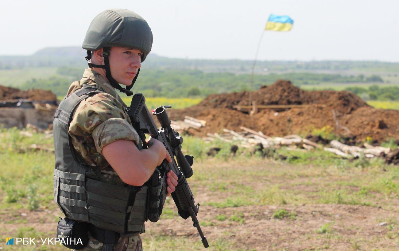 Боевики на Донбассе обстреляли Светлодарск и Майорск