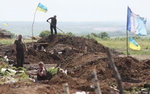 На Донбассе боевики обстреляли бойцов ООС из крупнокалиберных пулеметов и гранатометов