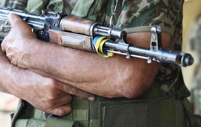 Ситуація взоні АТО лишається напруженою: бойовики б'ють зкулеметів