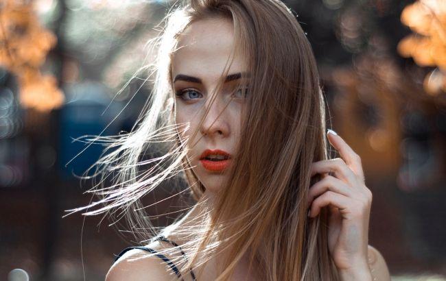 Чому випадає волосся і що з цим робити: дієтолог дала вичерпну відповідь