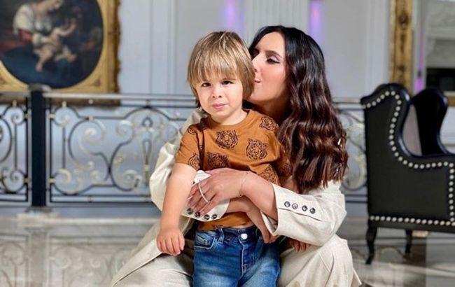 Два лучика: Джамала умилила семейным домашним фотосетом и внезапным признанием о детях