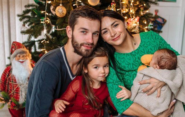 Илона Гвоздева очаровала семейным Рождеством трех поколений: глаза радуются