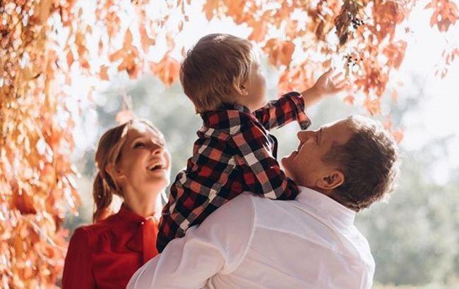 Татова копія: Горбунов зачарував стильним family look з підрослим синочком