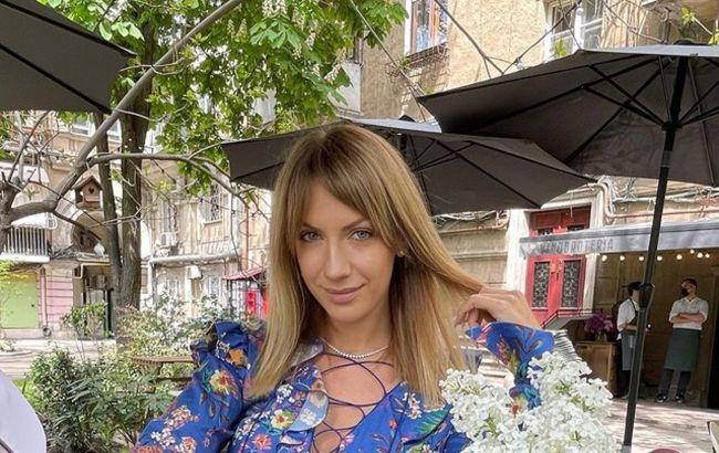 """""""Не можна бути такою красивою"""": Нікітюк у нескромному ультраміні здивувала новинами"""