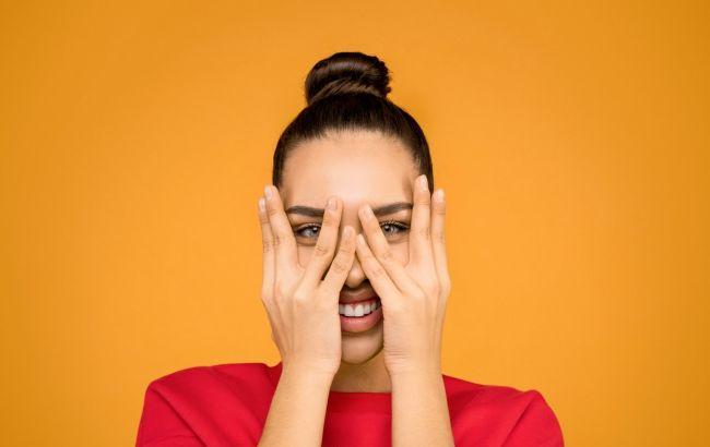 Ніжні і оксамитові: топ-5 секретів косметолога по догляду за руками взимку
