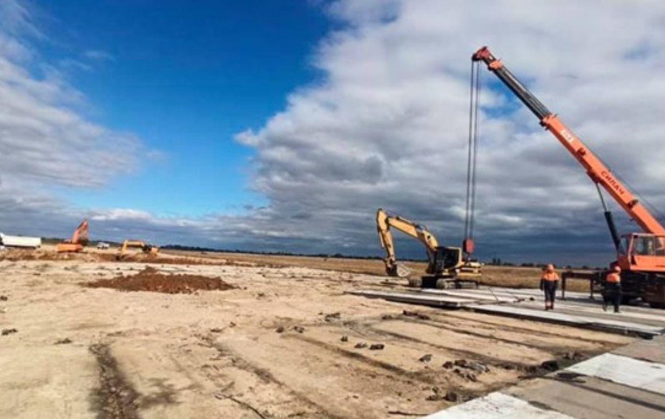 В аэропорту Херсона началась реконструкция по программе Зеленского