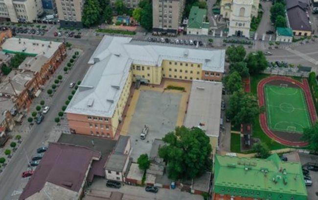 У Дніпрі завершують реконструкцію найстарішої гімназії міста