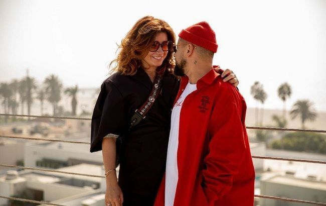 Красиві і щасливі: MONATIK з дружиною влаштували романтику на тлі осіннього Стамбула