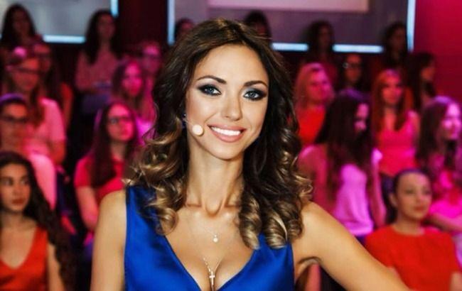 Не сдерживаю слез: Вика из НеАнгелов решилась на личное признание и заговорила о сольной карьере