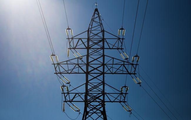 Повышение тарифа на передачу электроэнергии может привести к остановке предприятий и социальному взрыву, - эксперт