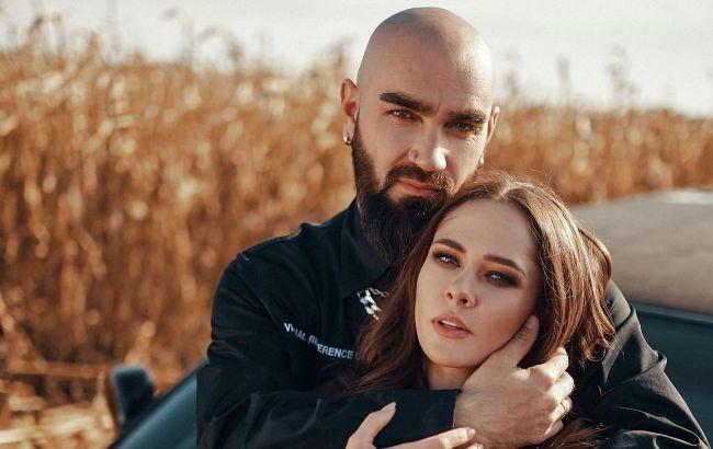 Экстрим и любовь: Юлия Санина с мужем отдались чувствам прямо посреди пустыни