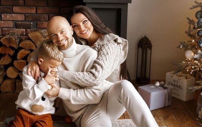Жена Ямы рассекретила 3 составляющие семейного счастья и заинтриговала праздничным фото: только не спрашивайте