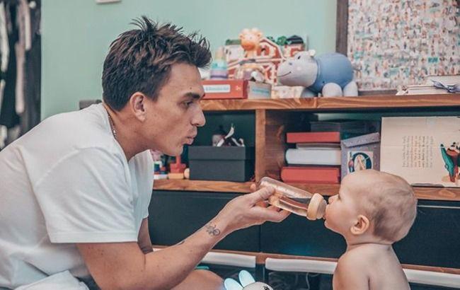 """""""Сумасшедший"""" папа: Влад Топалов позабавил веселым фото с маленьким сыном"""