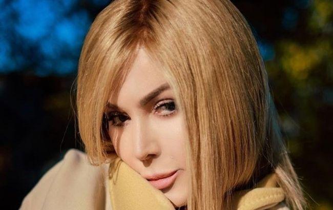 Томная Билык вызвала фурор чувственным  фотосетом и засветила ножки: ее спутали с Мадонной