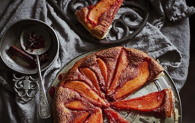 Ароматна насолода: грушевий пиріг з франжипаном